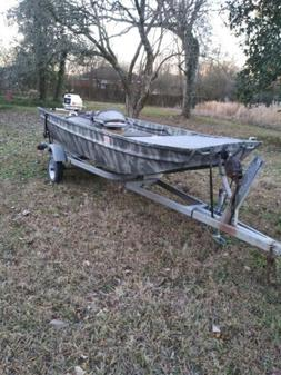 14ft Aluminum Fishing Boat With 10HP Motor Bass Crappie 2 Tr